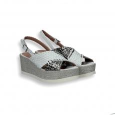 Sandalo pelle intrecciata bianco/argento zeppa 60 mm.
