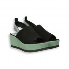 Sandalo fascia camoscio nero  e zeppa verde 95 mm. fondo gomma