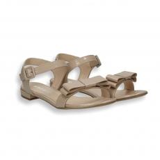 Sandalo fiocco vernice cipria T 10 mm.