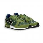 Sneaker camoscio verde e nylon mimetico fondo running